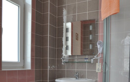 Ванная комната в Гостевом Доме ТАВР ЯЛТА